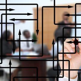 日常における認知相違を調整するのに効果的な方法と仲介役の機能を考える